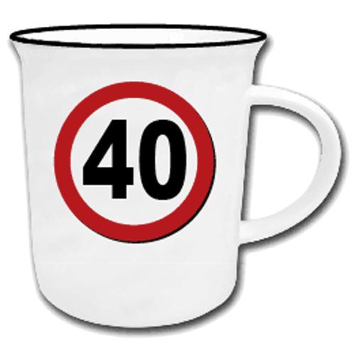 Becher mit Jahreszahl '40'