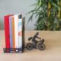 Buchstütze »Postbote auf dem Fahrrad«. Bild 4